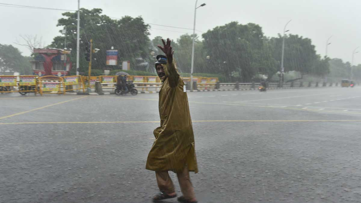 Cyclone Nivar: Rain alert in Bengaluru for a week