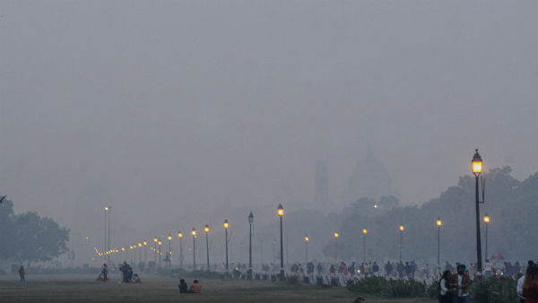 Delhis air quality remains in very poor category, improvement predicted