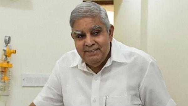 TMC MPs seek immediate removal of Bengal Guv; Send memorandum to President Kovind