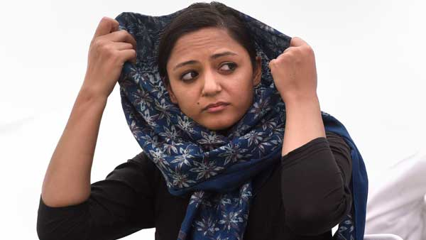 Took money from notorious people, facing threat from her, Shehla Rashid's father says in letter to DGP