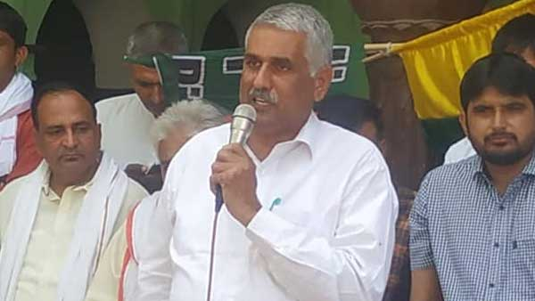 Farmers' protest: Independent MLA withdraws support from Khattar govt