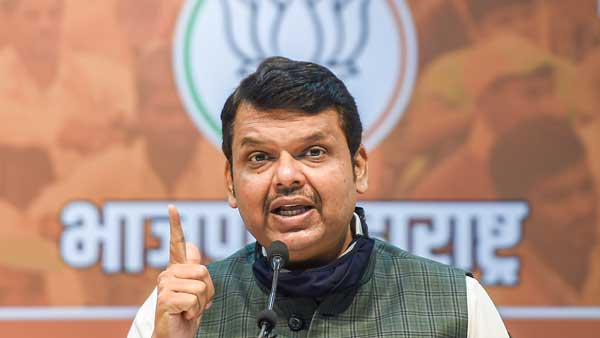 Mumbai civic body is suppressing COVID-19 death toll: Devendra Fadnavis