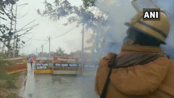 Haryana Police use water cannon, teargas shells to stop farmers' march to Karnal