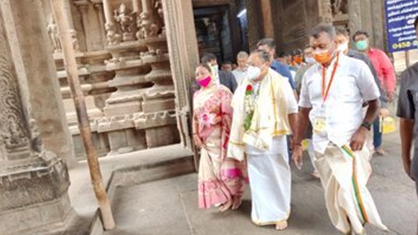 Tamil Nadu elections 2021: Nadda offers prayers at Madurai Meenakshi Temple
