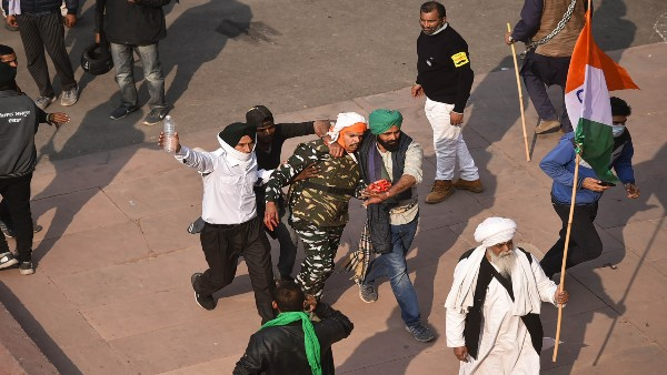 Punjab CM Amarinder Singh says violence in Delhi unacceptable, orders high alert in Punjab