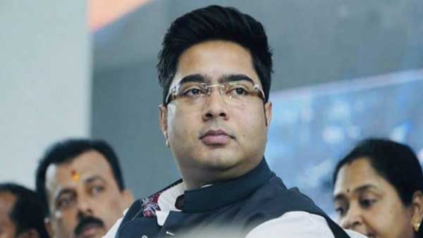 Mamata at Abhishek's home ahead of CBI questioning of his wife