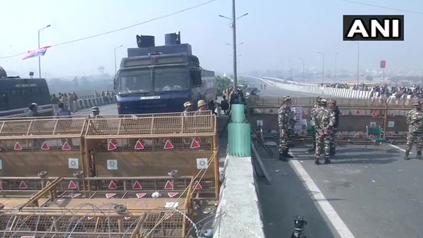 Farmers' protest: Security beefed up at Delhi borders; traffic congestion on key roads in city