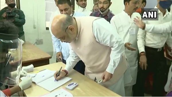 Gujarat civic polls 2021: Voting underway for 6 municipal corporations, Amit Shah casts his vote