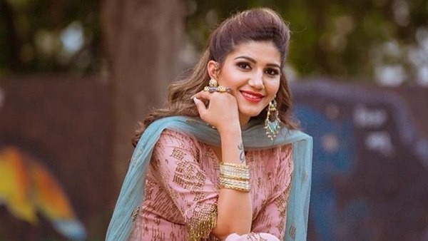 FIR against Haryanvi singer Sapna Choudhary for fund misappropriation