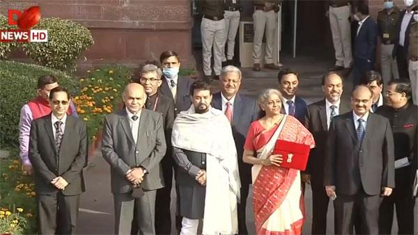 Budget 2021: FM Sitharaman sports digital 'bahi khata', to head to Parliament now