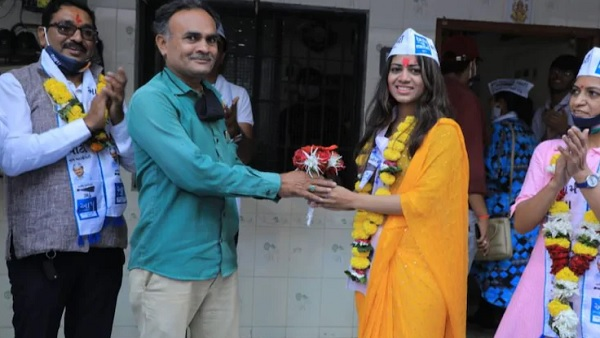 AAP's Payal Patel becomes youngest corporator of Surat in Gujarat