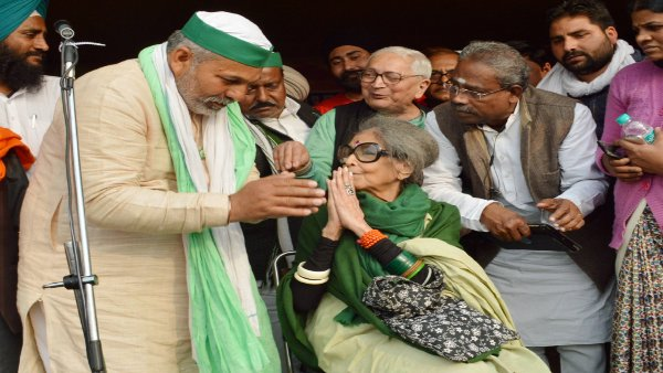 Mahatma Gandhi's granddaughter extends support to protesting farmers