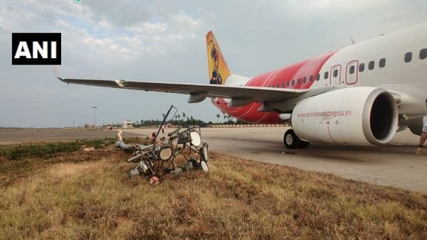 Air India Express flight hits electric pole at Vijayawada airport, Passengers safe