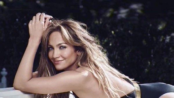 Jennifer Lopez to lead action movie ''The Mother'' at Netflix