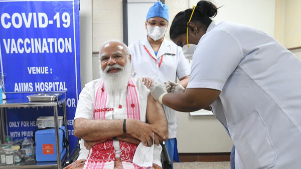 What PM Modi said after taking first vaccine shot
