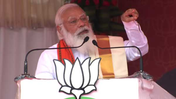 LDF betrayed Kerala for a few pieces of gold, says PM Modi in Palakkad
