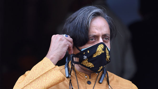 Tharoor admits mistake on PM Modi's speech, says sorry