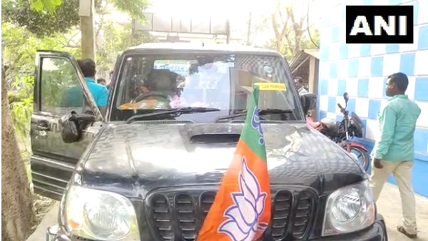 Bengal Polls: Ex-cricketer Ashok Dinda attacked during election campaign