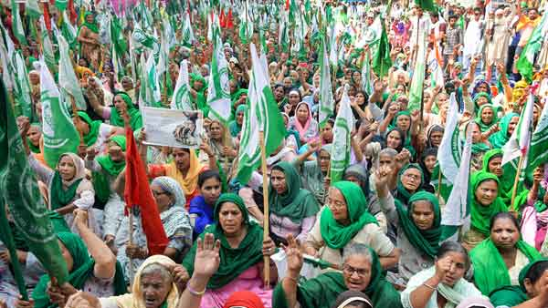 Farmer protests: Women take centre stage