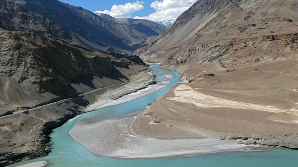 India, Pakistan talks on Indus water sharing underway