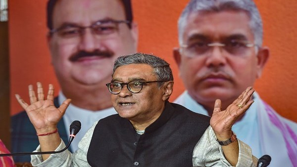 Swapan Dasgupta resigns from Rajya Sabha amid row over nomination for Bengal polls