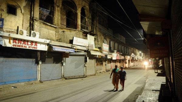 Night curfew in Delhi to continue until April 30