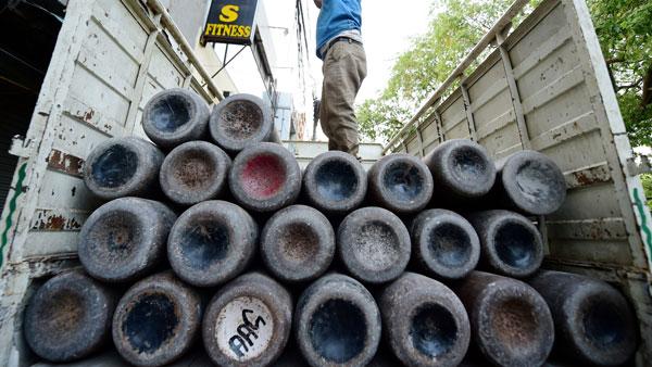 Delhi's medical oxygen quota hikes to 480 metric tonnes, Kejriwal thanks Centre