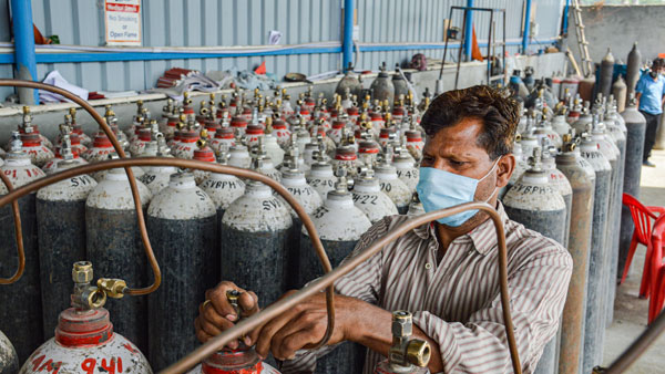 Fertiliser companies to supply 50 MT medical oxygen a day for COVID-19 patients