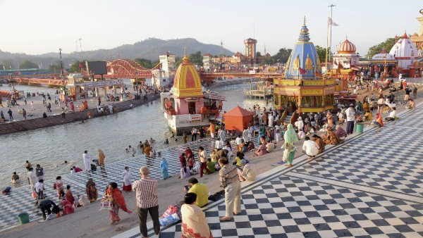 Hindu religious figures criticise linking Kumbh Mela with COVID-19 spread