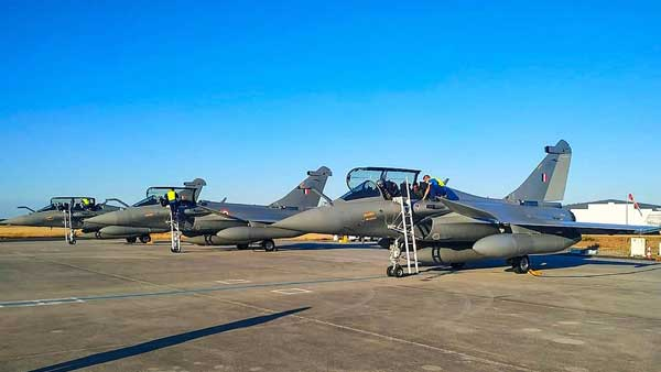 6 Rafale fighters to be flagged off by IAF chief from France