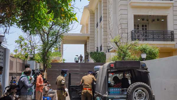 No cash, but incriminating evidence of tax evasion in raids relating to DMK