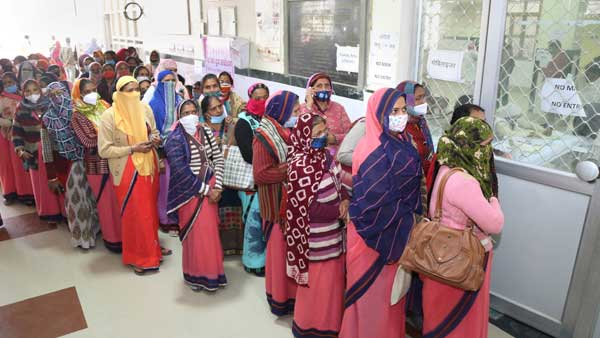 Run out of doses says Delhi govt, two days before phase III vaccine drive