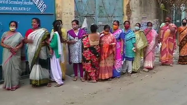 West Bengal Assembly elections 2021: Widow of TMC leader, who died of COVID-19, files complaint against EC