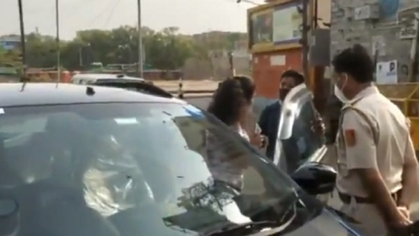 Delhi: Couple without mask misbehave with cops when stopped, arrested