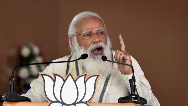 Mamata believes in torturing 'Ma', looting 'Mati', killing 'Manush': PM Modi in Bengal