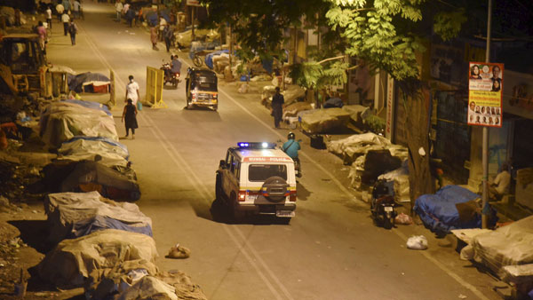 UP: Night curfew in Lucknow from today, DMs to take call on curbs