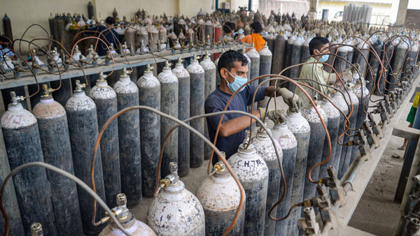 UNICEF sent 3,000 oxygen concentrators to India, supporting government in acceleration of vaccine rollout