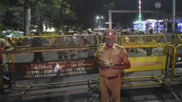 After Lucknow, night curfew imposed in 7 more UP districts
