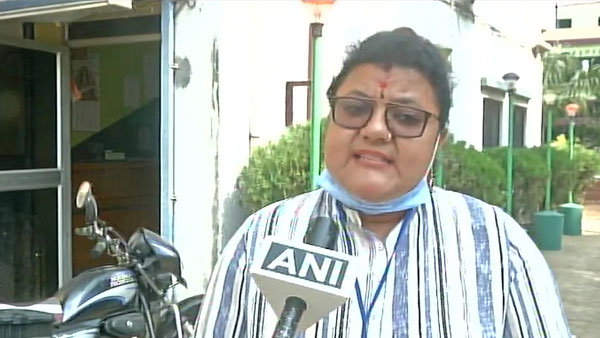West Bengal elections 2021: TMC candidate Sujata Mondal attacked in Mahallapara