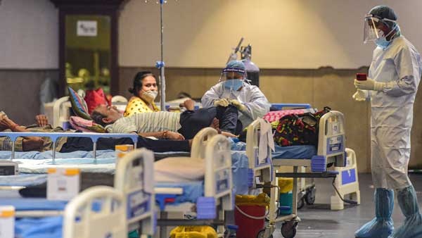 India sees 2,76,110 Covid-19 cases in last 24 hours, fatalities below 4,000