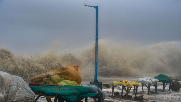 Cyclone Gulab: 2 dead as storm crosses Andhra, Odisha coasts, winds up to 100 Kmph