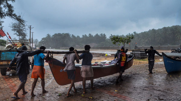 Cyclone Tauktae: Maha CM sounds alert in coastal districts