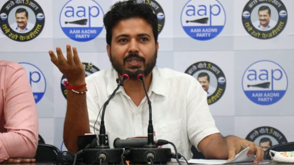 AAP owns up to pasting posters critical of PM Modi