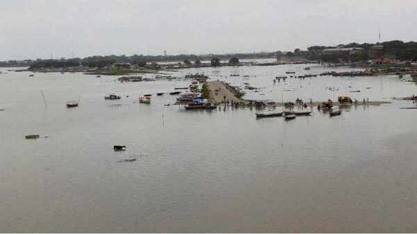 Bodies in river create panic in India: Does COVID-19 spread through water?