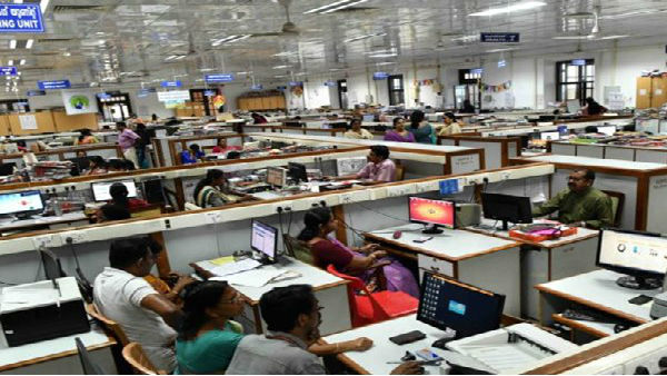 Central govt relaxes attendance rules for its employees; More employees allowed to work from home
