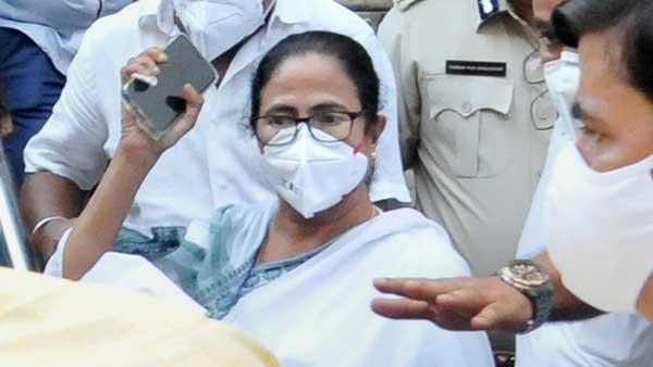 In Narada plea, CBI cites terror created by Mamata Banerjee's presence