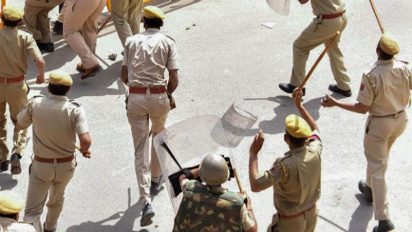 BJP leader moves SC against violence in West Bengal; seeks CBI probe
