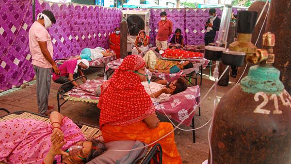 Turbaning the Turmoil: The Sikh Community and COVID
