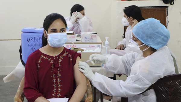 Disband phase-III vaccine policy: Bengal seeks directive from SC to Centre