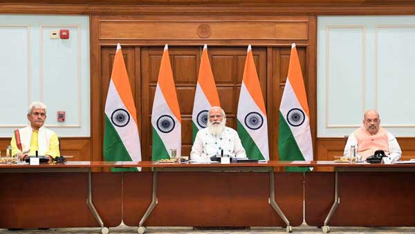 At all party meet, PM Modi says priority is to strengthen democracy at grassroots in J&K